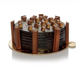 Kitkat Cake 500g